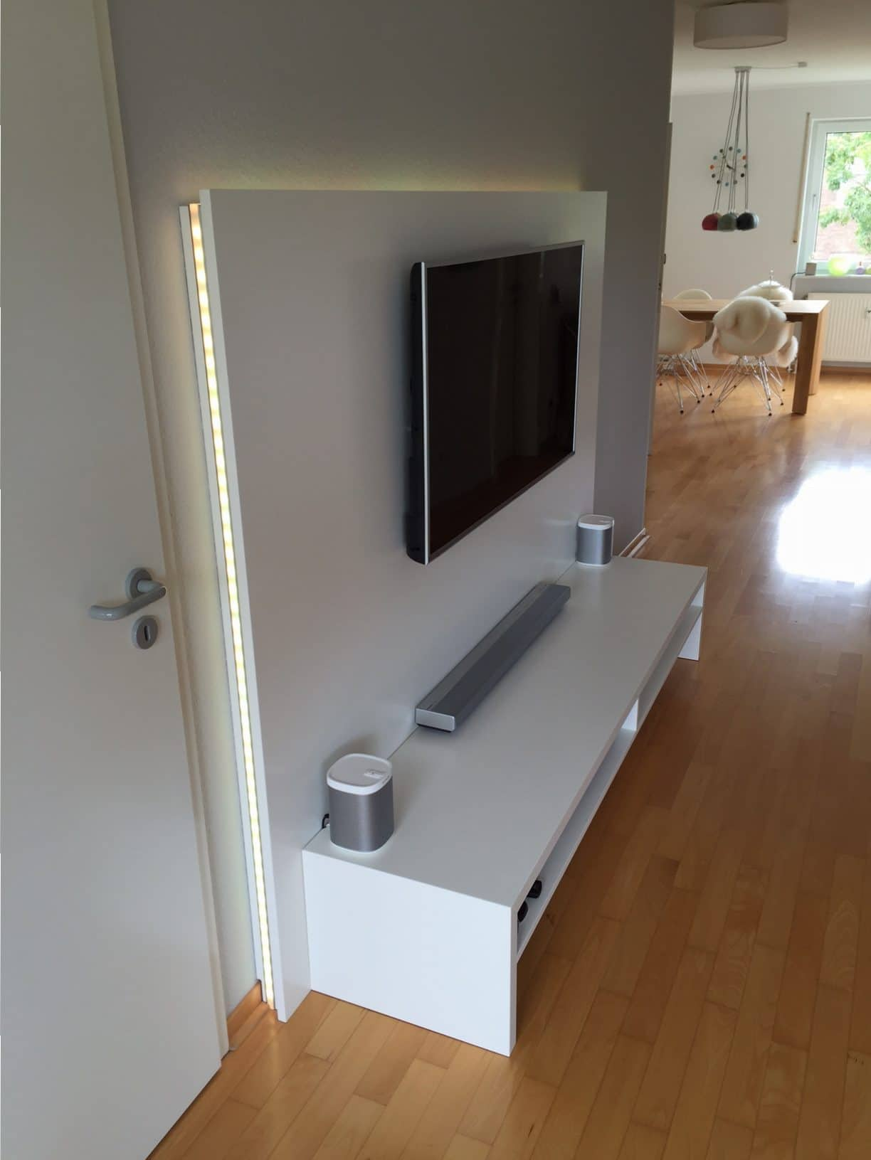 stunning tv wand paneel gallery. Black Bedroom Furniture Sets. Home Design Ideas