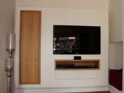 TV-Paneel 1